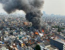 Rumah Terbakar di Jalan Keadilan Dalam Jakbar