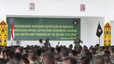 Pangdam XII/Tpr Berikan Arahan ke Prajurit Tamtama Abituren Dikmata PK TNI AD