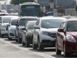 Hari ke-6, Meski Dilarang Mudik 138 Ribu Kendaraan Pribadi Tinggalkan Jakarta