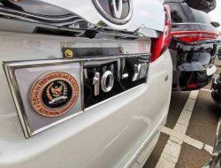 Pelat Khusus Mobil Anggota DPR Dinilai Kesombongan Sosial