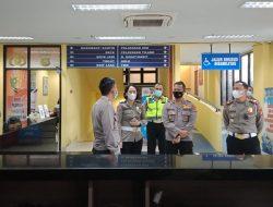 Kapolres Badung Tinjau Pelaksanaan Pembuatan SIM
