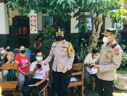 Wakapolres Badung Pantau Pelaksanaan Vaksinasi Massal