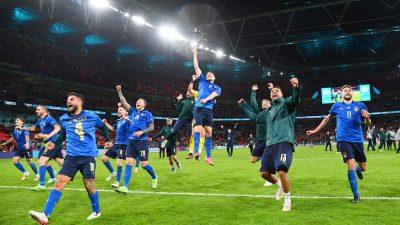 Jelang Final Vs Inggris, 3 Orang di Timnas Italia Positif Covid-19