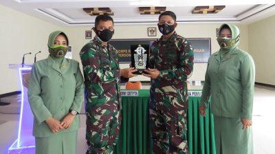 Dandim 1207/Pontianak Pimpin Acara Korps Raport Pindah Satuan dan Penerimaan Personel Baru
