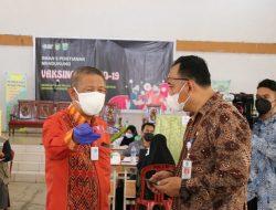 Gubernur Kalbar Tinjau Vaksinasi Bagi Pelajar SMA dan SMK