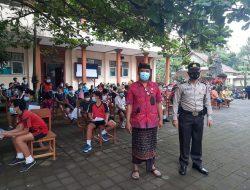 350 Anak Usia 12-17 Tahun Divaksin di Puskesmas Petang