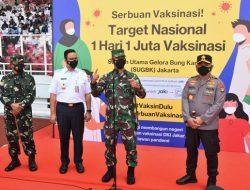 Kodam Jaya, Polda Metro Jaya dan Pemprov DKI Kembali Adakan Vaksinasi Massal di GBK