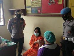 14 Tahanan Polsek Abiansemal Disuntik Vaksin Covid-19