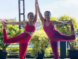 Ayu Ting Ting Pamer Yoga, Netizen Salah Fokus