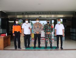 Kunjungi RS Mangusada, Kapolres Badung Cek Data Kasus Covid-19