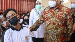Wagub Kalbar Tinjau Vaksinasi di Singkawang